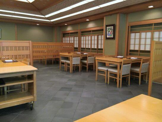 ウェスティンホテル大阪の日本料理「はなの」の店内