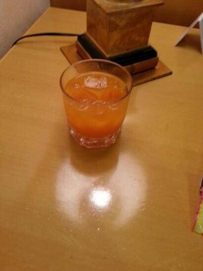 熊本空港のラウンジ「ASO」 の焼酎野菜ジュース割り