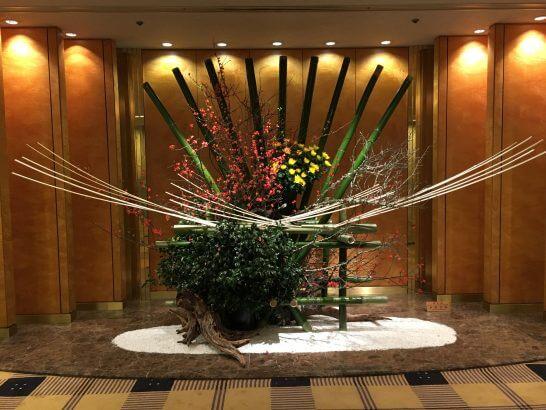 ホテルグランドパレスのロビーの飾り