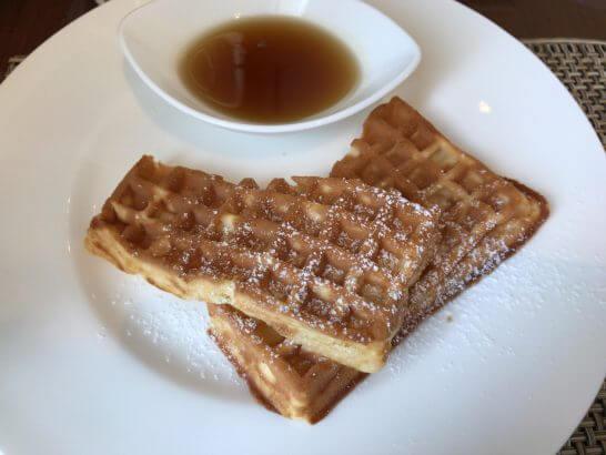 セントレジスホテル大阪の朝食のワッフル