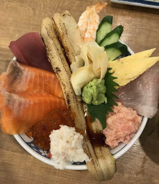 磯丸水産の海鮮丼