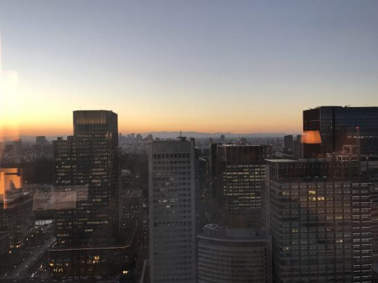 シャングリ・ラ ホテル 東京の客室からの眺め