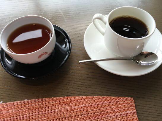 ヒルトン小田原のブラッセリーフローラのランチ (コーヒーとほうじ茶)