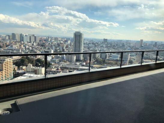 東京マリオットホテルのエグゼクティブラウンジのマドからの眺め (1)