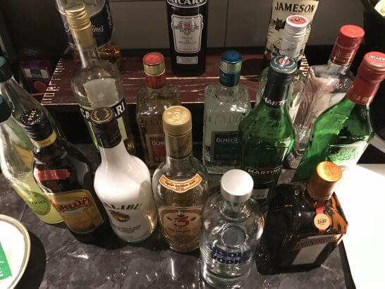 東京マリオットのカクテルタイムの洋酒