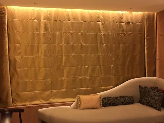 シャングリ・ラホテル東京の就寝時の客室窓側