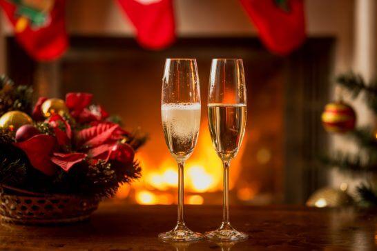 暖炉とワイン