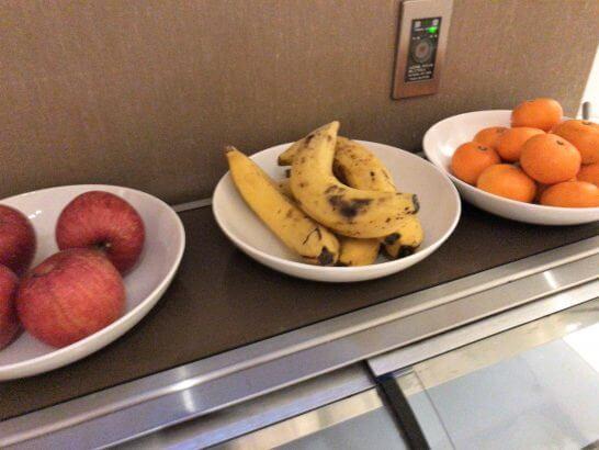 東京マリオットホテルのエグゼクティブラウンジのフルーツ