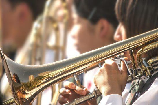 学生のブラスバンド
