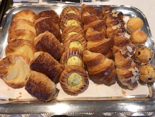 横浜グランドインターコンチネンタルホテルの朝食のパン