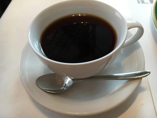イル ピノーロ 梅田店のコーヒー