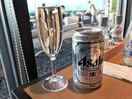 ヒルトン東京お台場のエグゼクティブラウンジのビールとスパークリングワイン