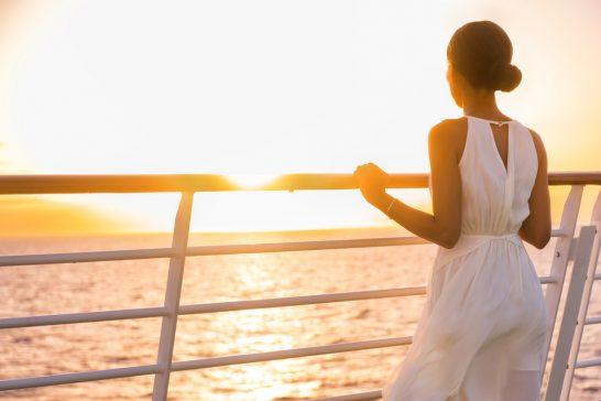 船上のリッチな女性