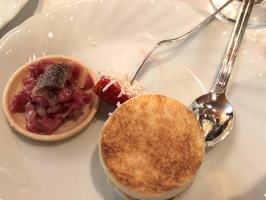 ダイナースクラブ フランスレストランウィーク 2018のレセプションのデザート (3)