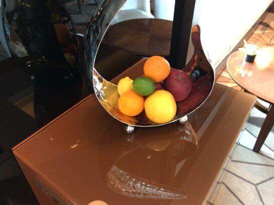 ザ・プリンスギャラリー 東京紀尾井町のクラブラウンジのティータイムのフルーツ