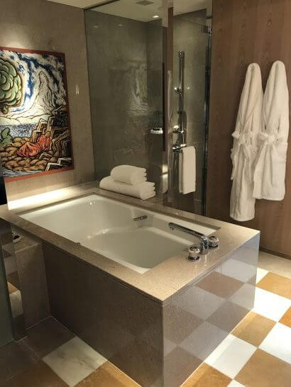 パークハイアット東京のパークデラックスツインの風呂