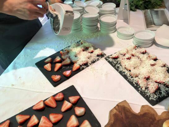 ダイナースクラブ フランスレストランウィーク 2018のレセプションのデザート (2)