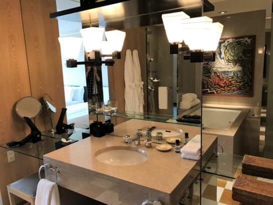 パークハイアット東京のパークデラックスツインの洗面台