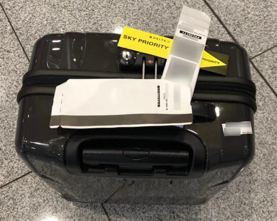 デルタ航空ゴールドメダリオンの特典で優先的に受け取った手荷物