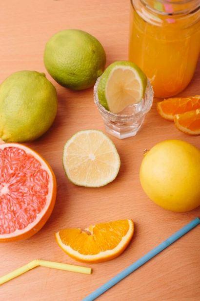 柑橘類のフルーツドリンク