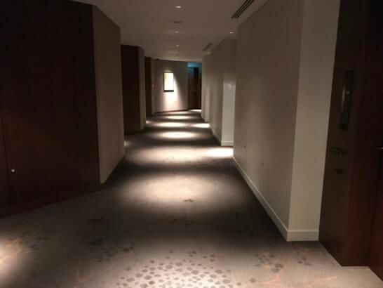 パレスホテル東京の廊下