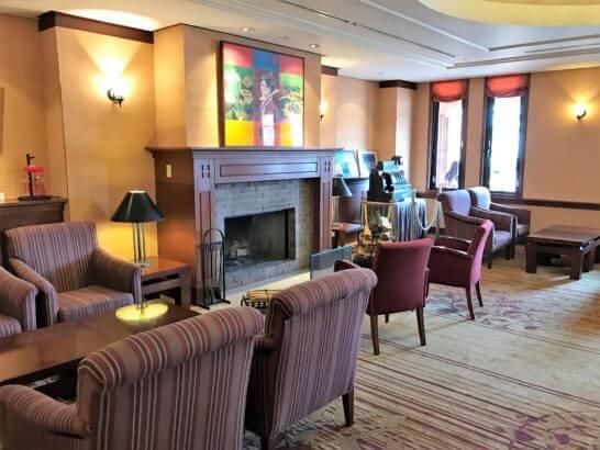 フルーツパーク富士屋ホテルのロビー