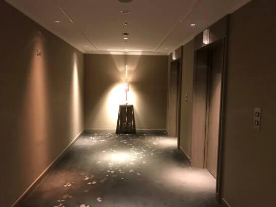 東京マリオットホテルのエレベーターホール(客室フロア)