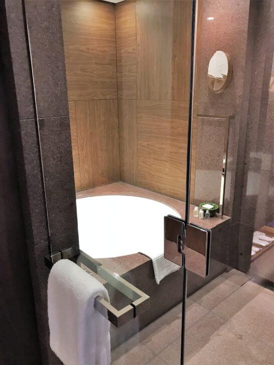 アンダーズ東京のバスルーム