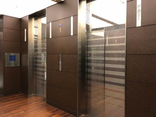 アークヒルズクラブへのエレベーター