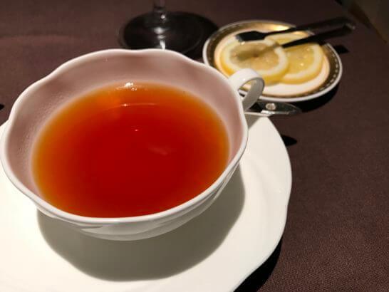 フルーツパーク富士屋ホテルの夕食(紅茶)