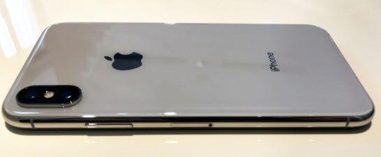 iPhone X(側面と裏面)