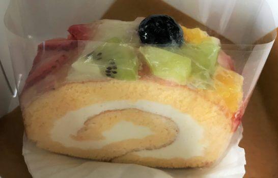 ルミネで買ったロールケーキ
