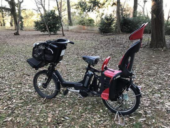 森の中の電動自転車