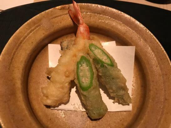 ひのきざかの天ぷら(車海老、太刀魚、白おくら)