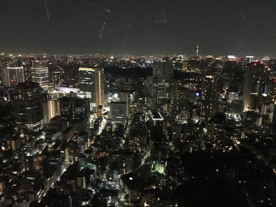 ザ・リッツ・カールトン東京の客室からの夜景