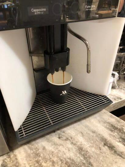 軽井沢マリオットの朝食のテイクアウトコーヒー