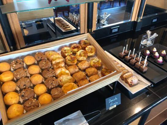 ウェスティンホテル東京 エグゼクティブ クラブラウンジのティータイムのパン