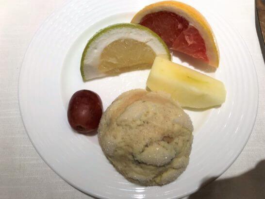 ウェスティンホテル東京のザ・テラスのフルーツ・メロンパン