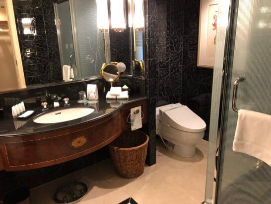 ウェスティンホテル東京のプラチナフロアの洗面所・シャワー・トイレ
