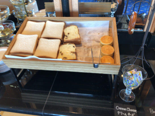 ウェスティン・エグゼクティブ・クラブラウンジの朝食 (食パン類)