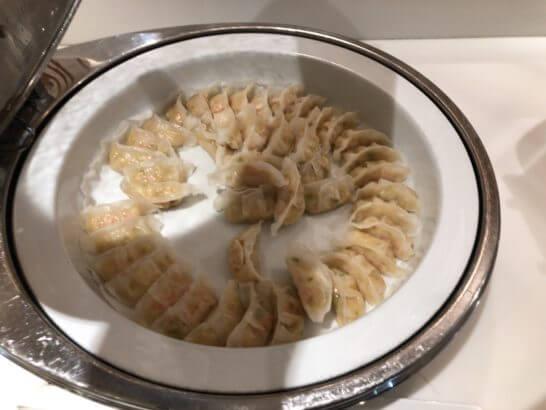 サクララウンジ(羽田空港国際線)のエビ海鮮餃子