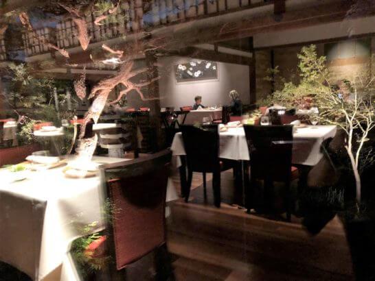 翠嵐 ラグジュアリーコレクションホテル 京都のレストラン「京 翠嵐」の様子