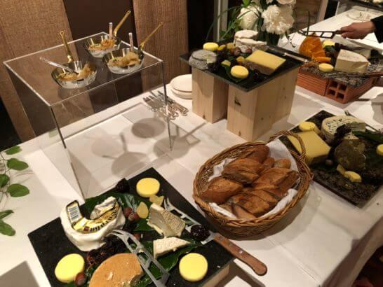 LA LISTE日本最優秀レストランを祝うレセプションのチーズ
