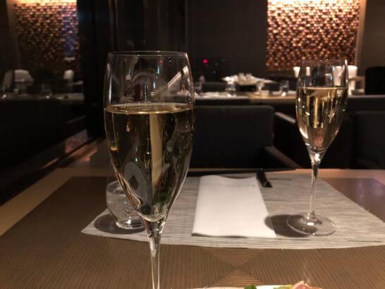 ヒルトン小田原のメインレストランのスパークリングワイン