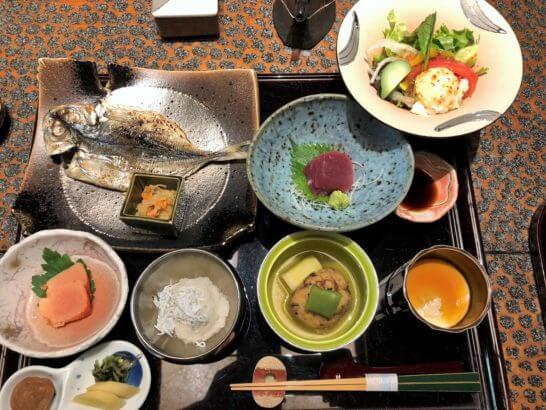 箱根吟遊の朝食の和定食