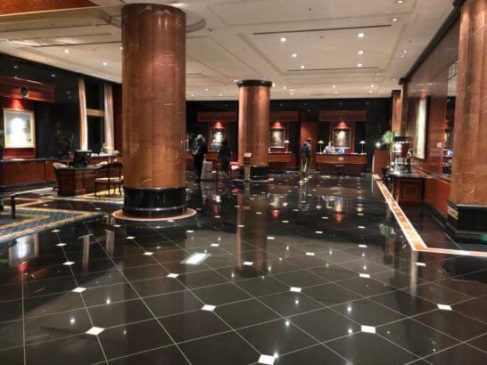 恵比寿のウェスティンホテル東京のフロント