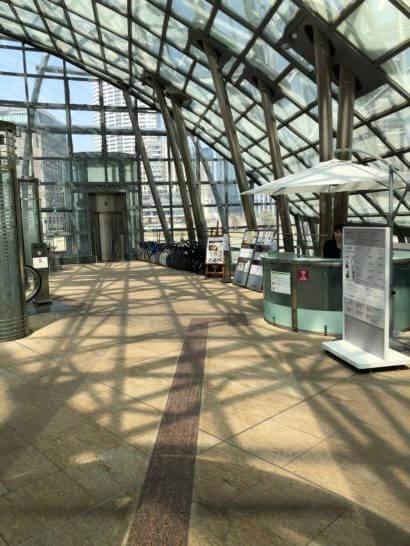 国立国際美術館のフロア