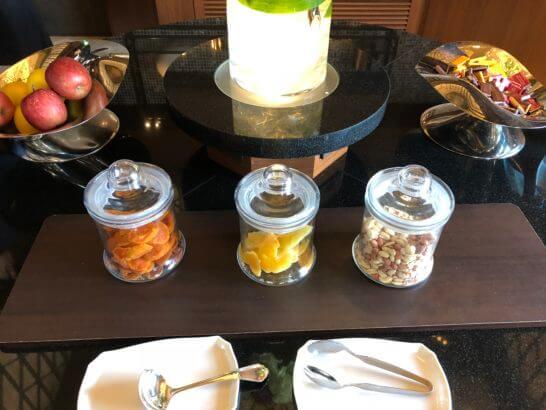 横浜ベイシェラトンホテルのフルーツ・ドライフルーツ・ナッツ・チョコ