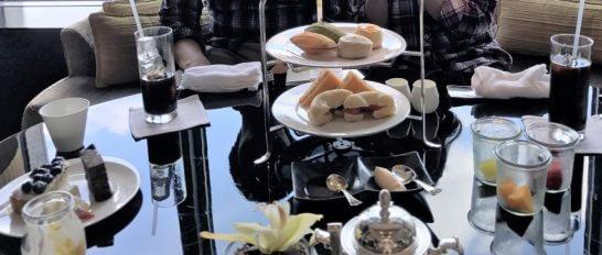シャングリ・ラ ホテル東京のホライゾンクラブラウンジのティータイムの飲食