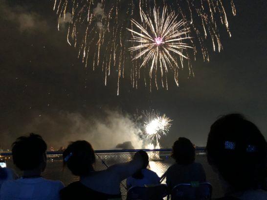 アメックスの横浜花火大会 (Summer Festival 2018 at 横浜大さん橋)
